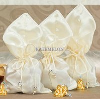 Wholesale Ivory Color Silk Satin Wedding Favor bag with drawstring cheap candy favor box pounch