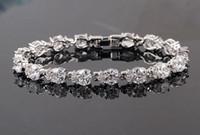 Wholesale Fashion White Charm Austrian Zircon Bracelet Simple Design Made with AAA Grade Swarovski Elements Crystal