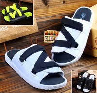 Wholesale summer Fashion new Men and women slippers Beach shoes