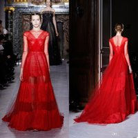 Cheap Top Valentino Runway Celebrity Dress Gown Floor Length Bright Red Sheer Long Sleeves Tulle See Through Lace Prom Gown Sexy Evening Dresses