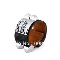 Wholesale New Fashion Designer Collier Leather Bracelet Black Genuine Leather With Silver Plated Rivets Elegant Leather Bracelet For Women