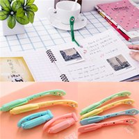 Wholesale New Arrival Random Color Lovely Tiny Book Light LED Clip on Portable Travel Reading Lamp
