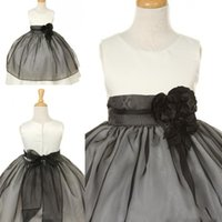 black and white flower girl dresses - 2015 Black And White Ball Gown Flower Girl Dresses Small Round Neck Bow Organza Sashes Flowers Lovely Girls Pageant Dress