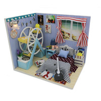 Wholesale 2016 New Coming DIY Wooden Doll House Assembling Toys for Children s Christmas Gift Novelty Miniature Dollhouse