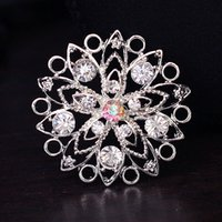 Wholesale fashion brooch a pack of