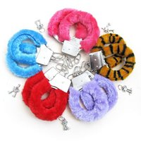 Wholesale in colors Sexy Soft Steel Fuzzy Furry Handcuffs Fur Trimmed Sex Toy Hand Cuffs Drop shopping t02059