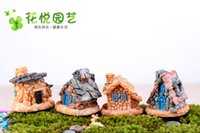 Wholesale A set of castle cartoon wizard Castle stone house the novelty of the free combination