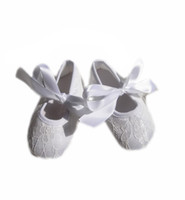 baptism shoes for boys - New newborn white first shoes for baptism dresses Baby girls gold cotton fabric flower tied sneakers toddler boots