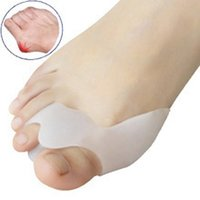 Wholesale Hot Silicone Gel Foot toe Separator thumb valgus protector Bunion adjuster
