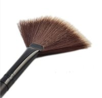 Wholesale 2016 Professional New Fashion Portable Slim Fan Shape Powder Concealor Blending Foundation Makeup Brush