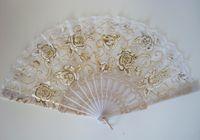 Wholesale 2015 Summer Lady White Lace Fans Sequins Golden Flowers Plastic Folding Hand Dancing Wedding Party Fans