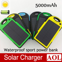 0-20 W For Cell Phone Monocrystalline New Portable Shockproof Universal Dual USB Keychain Climbing Hook Solar Charger 5000mah External Battery Pack Power Bank for Cellphone