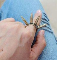 Punky retro de la manera anillos de la vendimia de plata de la aleación de la personalidad y un anillo de color anillos de estilo remache exageración de oro de la joyería china barata 20 piezas