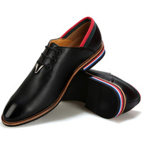 Wholesale Italian Fashion Men Elegant Stylish Quality Leather Dress Shoes Tide Boys Pointed Toe Oxfords Party Shoes Colored Sole Hand Sewing Lace Up