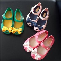 Wholesale NEW pairs Sandals shoes Baby fish lips girls Soft PVC Piscine mouth shoe princess girl Jelly beach shoes bow summer H01