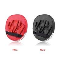 Wholesale 1pcs High Quality Taekwondo Training Glove Boxing Training Pad for Sporting Equipment Black Red
