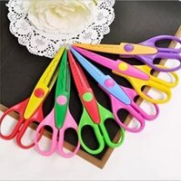 Wholesale Free ship pc ot DIY decorative lace Children Plastic handcraft scissors safe scissor for hand album model no profit
