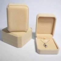 Wholesale 8 colors Velvet Necklace Boxes Display Cotton Flannel Jewelry Earrings Box Exquisite Gift Box Lady Wedding Present