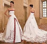 country wedding dresses - 2015 A Line Vintage Backless Applique Tulle Strapless Sexy Country Red and White Wedding Dresses Bridal Gowns Custom Made Chapel Train