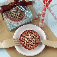 apple pie cake - Kids party birthday candle cake the candle Creative game prizes Apple pie snack process small candle