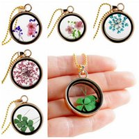 floating charm locket necklace - Mix style Clovers gold plated multicolor dried flower round pendant Clover floating locket charms necklace pendant for woman gift FL11