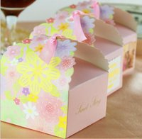 Cheap 100pcs lot Laser Cut Paper Candy Box Flowers Pattern Wedding Party Chocolate Sweetmeat Holder Bag Gift Packing