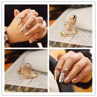 Nueva exquisito lindo Queen retro de la libélula Diseño Rhinestone del ciruelo Serpiente de Oro / Plata Anillo de dedo de los anillos de uñas