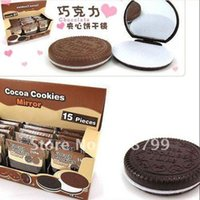Wholesale by DHL Creative cute Chocolate sandwiched make up Mirror portable pocket cosmetic mirror comb Fashion
