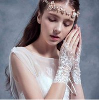 best acessories - Sheer Lace Bride Gloves Wedding PARTY Bridal Acessories Best Sale High Quality Fingerless Wrist Length Girl Evening Occasion Prom SHJ
