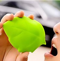 Wholesale Creative Portable Silicone Maple Leaf Shape Pocket Cup Camping Hiking Travel Useful Home Drinking Wash Gargle Cups