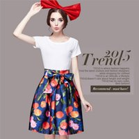 Cheap European Style 2015 Classical Style Summer Ladies Suits Baby Girls Fashion Short Sleeve+Bow Printing Fruit Bubble Skirts Temperament Suits