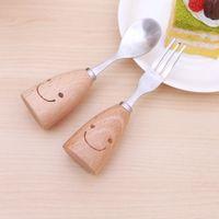 Wholesale Smiley Face Environmental Wood Handle Stainless Fork Spoon Dinnerware Set