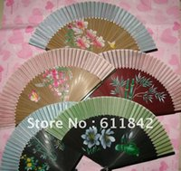 Wholesale Collapsible Chinese bamboo fan silk hand fan craft home decor gift high quality