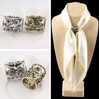 Wholesale Vintage Hollow out Owl Brooch Green Rhinestone Eyes Silk Scarf Buckle Brooches for Women BX016