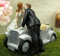Cheap 2015 Creative Wedding Cake Toppers With Retro Wedding Car Wedding Couple Kiss Wedding Supplies In Stock