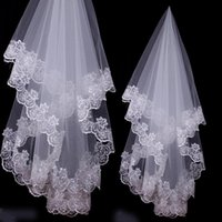 Wholesale Cheap Real Image Wedding Veils Layer Lace Applique Edge Tulle Bridal Veils