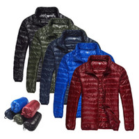 active outerwear - 2015 Men Fall Winter Duck Down Jacket Ultra Light Thermal Fashion Travel Pocketable Portable Thin Sports Duck Coats Outerwear