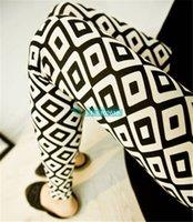 argyle pants - Graffiti bottoming lace plaid pants female feet pencil thin bars of black and white argyle leggings