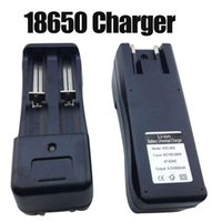 Wholesale Double charger EU US plug V Battery Charger Universal Charger for Rechargeable Li ion Battery