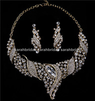 arabic pendants - Luxury Gold Bridal Jewelry Sets Rhinestones Pendant Statement Necklaces and Clip Earrings Arabic Wedding Prom Women Dresses Accessories