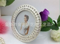 Wholesale metal frames quot round shaped diamond inlaid metal alloy photo frame wedding photo frame bridal gifts