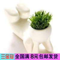 Wholesale J403 creative landscape plants potted plant grass doll mini ceramic white people gardening grass spike