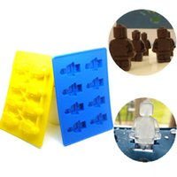 Wholesale DIY Holes Lego Robot Ice Cube Tray Silicone Chocolate Mold Children Candy mold IT003