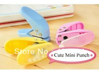 Wholesale Mini Paper Punch One Paper Hole Hand Punch Diameter Of Hole mm For Pieces of Paper DL0111