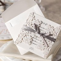 Wholesale White Hollow Lace Flora Wedding Invitation Cards New Wedding Favors with Envelopes and Bowknot Paper Invites Cards