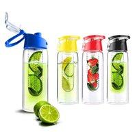 Wholesale High Quality Plastic Water Bottle ml Lemon Cap Infuser Portable Bottle With Handle Outdoor Sport Home Use Tritan Fruit Infuser Bottle