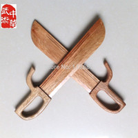 Wholesale Maria s store Retail Wooden Wing Chun Butterfly Swords Double Knife Bart Cham Dao Kung Fu Bokken