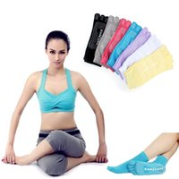 Wholesale Stylish Women Color High Quality Toe Exercise Yoga Gym Non Slip Massage Toe Socks With Full Grip fitness
