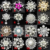 Wholesale Wedding Brooches Faux Pearl Pins Crystal Rhinestone Flower Bouquet Brooch Pins Best Gift for Women Styles Available DRBR2