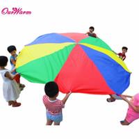 Precio de Los niños juegan-2016 venta caliente! 78inch <b>Kids Play</b> Rainbow Paracaídas Juego de exterior ejercicio Sport Toy Carpas Deportes al aire libre Juego